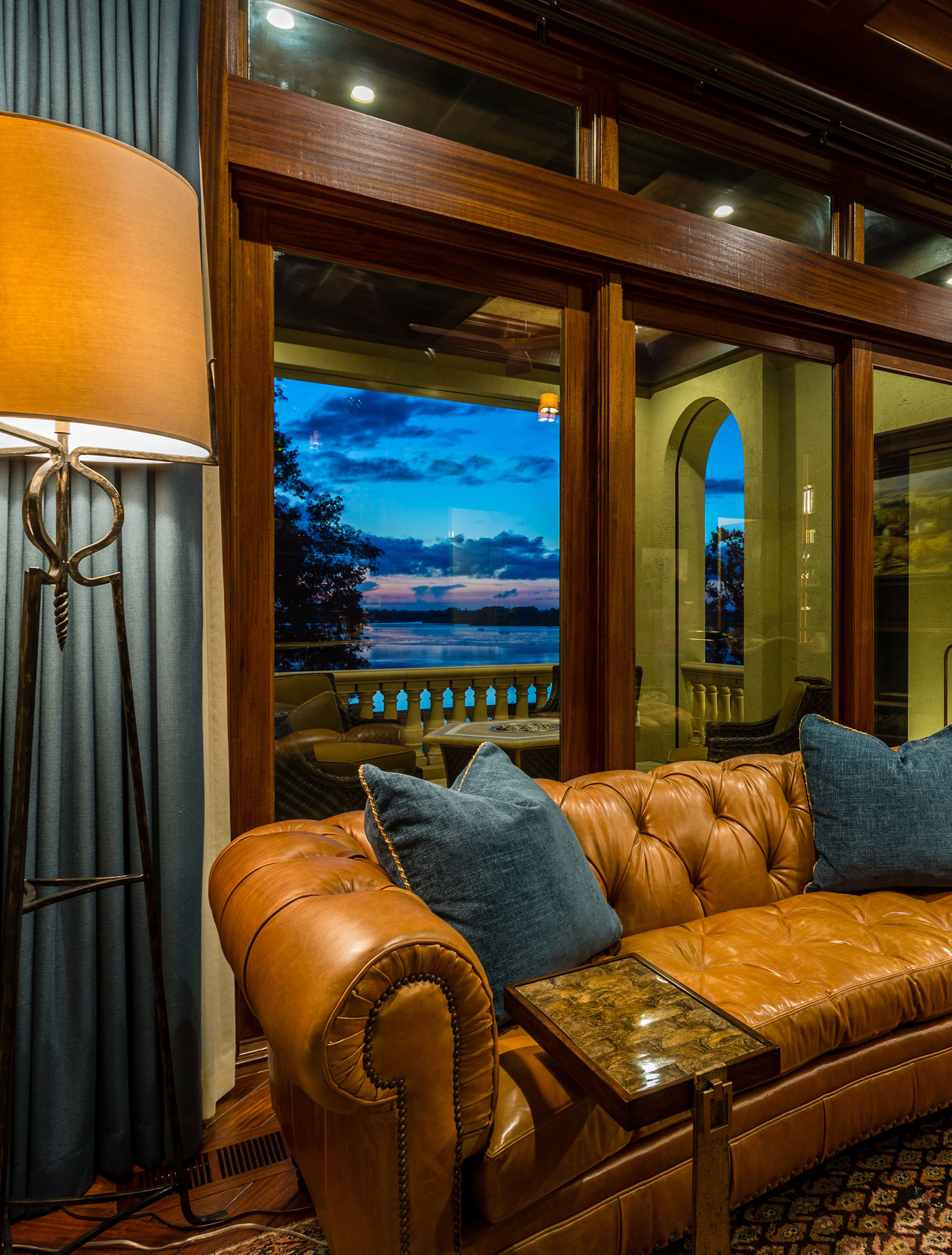 Ted Miles Photography shoots architectural interior design projects